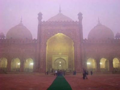 badshahi mosquee 2