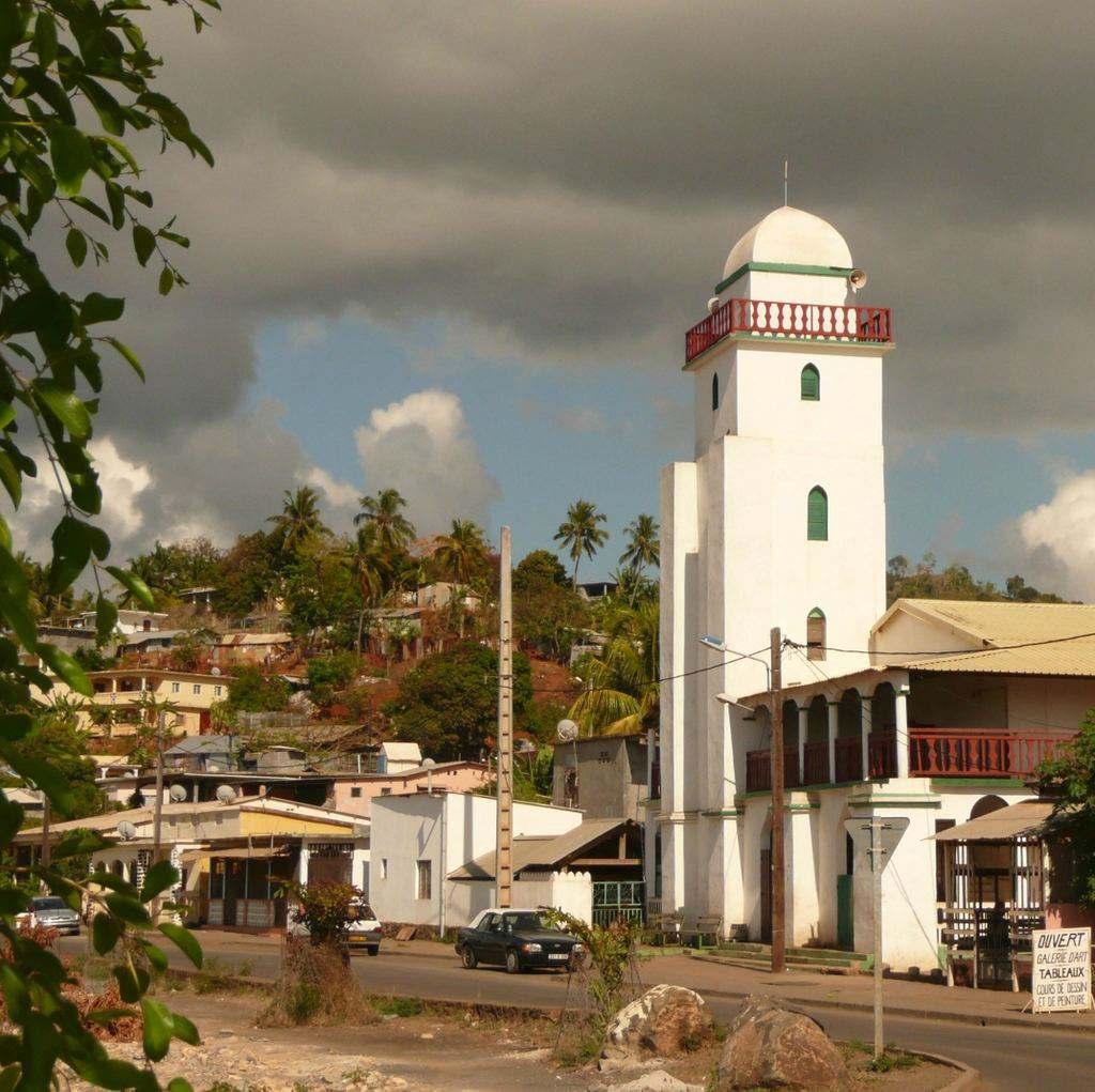 Minaret d'une mosquée à Mayotte