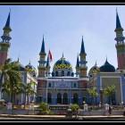 Mosquée colorée de Tuban, indonésie