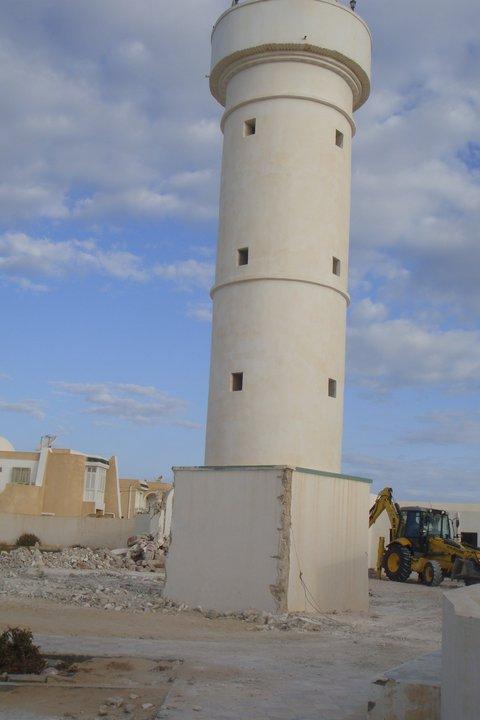 Destruction d'une mosquée à Djerba, Tunisie.
