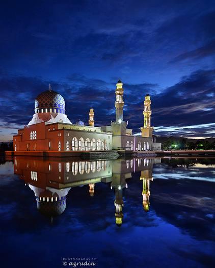 Grande mosquée de Kota Kinabulu en Malaisie