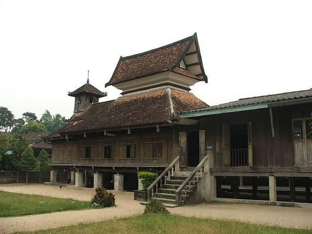 Mosquée en Bois Thaïlande