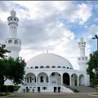 Mosquée avec deux minarets au Bresil