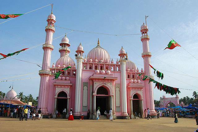 mosque-trivandrum-india-27-05-2011