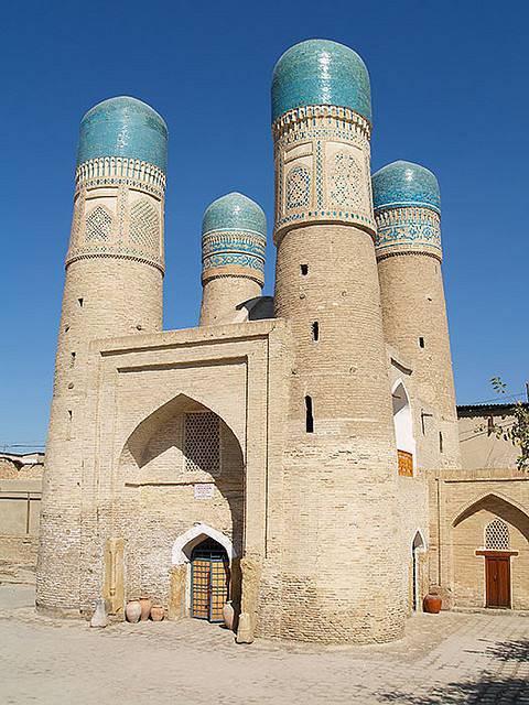 mosquee-quatre-minaret-uzbekistan-1-05-11