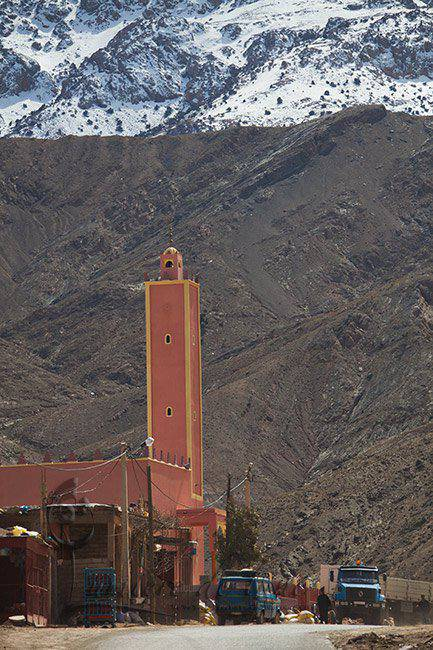 Mosquée au pied de l'Atlas marocain