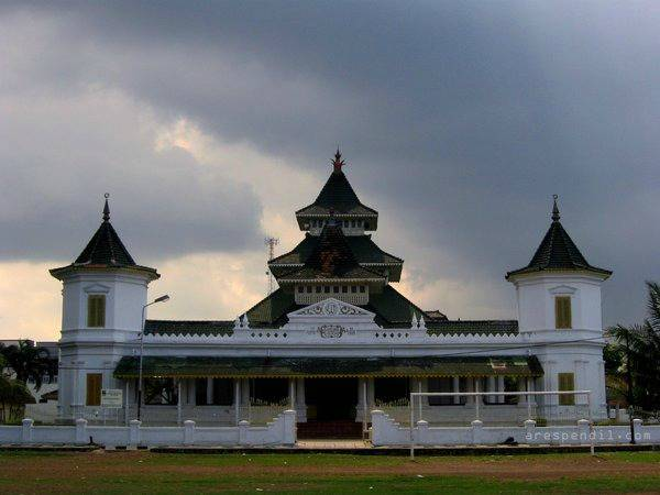 mosquee Manonjaya Tasikmalaya