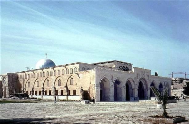 La mosquée Al Aqsa attaquée 100 fois en 2011