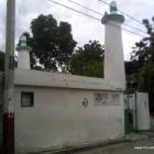 Devant la mosquée Al Fatiha