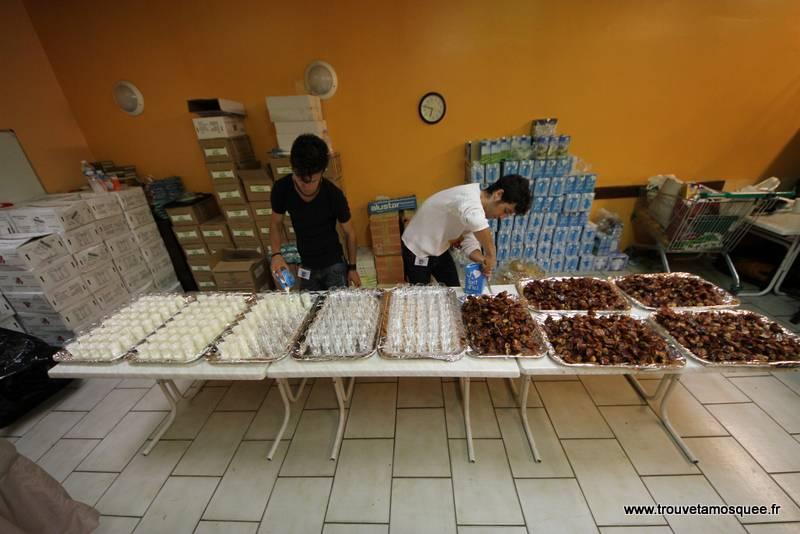 Bénévoles dans les mosquées: un malaise grandissant