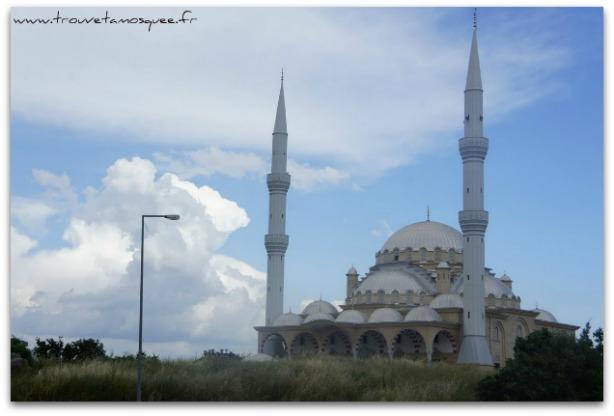 La mosquée de Manavgat en Turquie