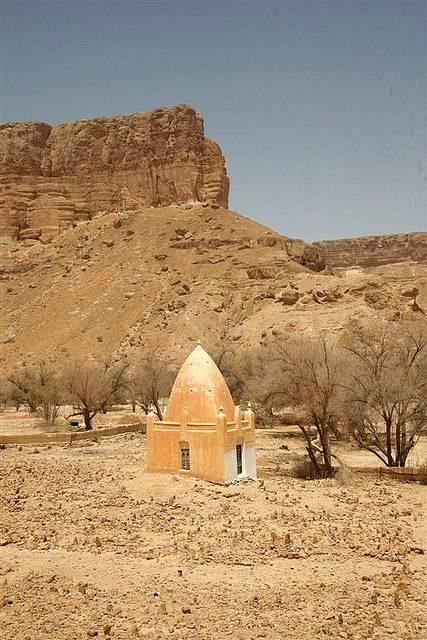 mosquée sous le sable au Yémen