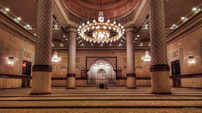 L'intérieur d'une mosquée à Dubai