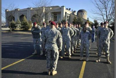 Des soldats américains à la mosquée Ohio