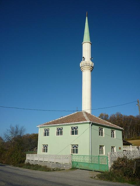 Mosquée Turque dotée d'un grand minaret