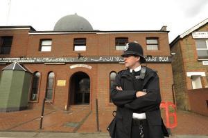 Condamnés à de la prison pour avoir attaqués une mosquée