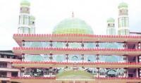 Première mosquée de verre dans le nord de l'Inde