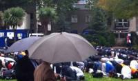 Prières sous la pluie londonienne