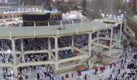 La structure du projet d'extension de la grande mosquée de la Mecque s'effondre