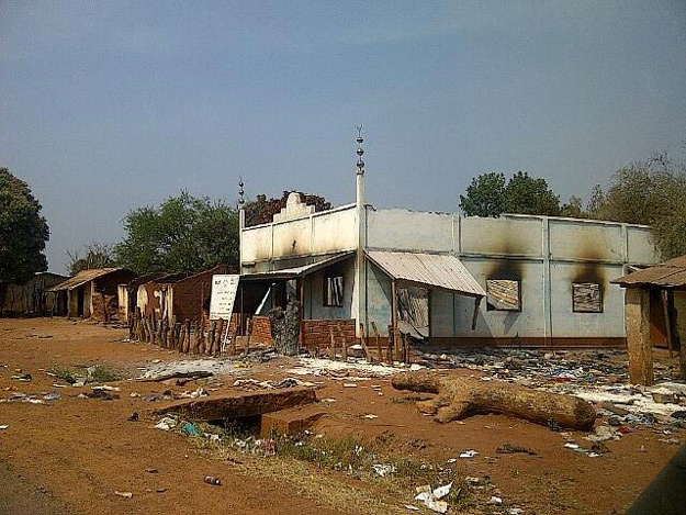 mosquee-incendiee-bangui