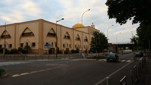 mosqu e al ihsan institut islamique de france argenteuil val d 39 oise trouve ta mosqu e. Black Bedroom Furniture Sets. Home Design Ideas