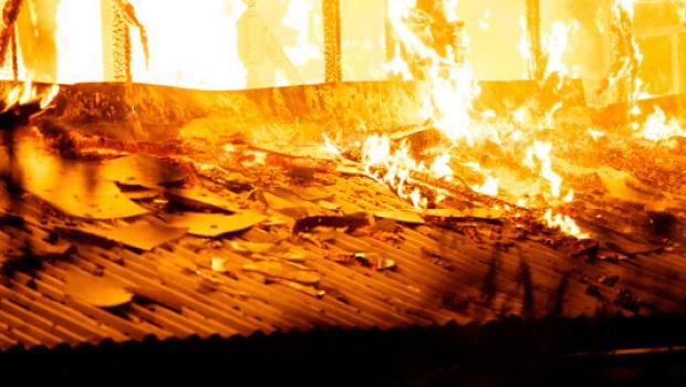 1970_incendie-mosquee-mea.jpg