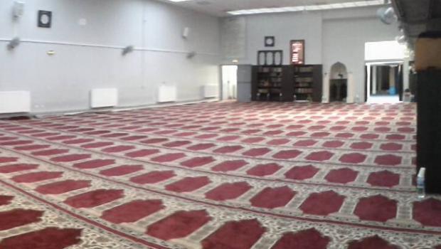 2414_mosquee-fraternite-romainville-priere.jpg